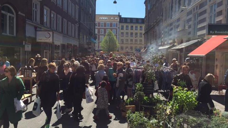 Markedsdag på Værnedamsvej og Tullinsgade  9.juni.2018