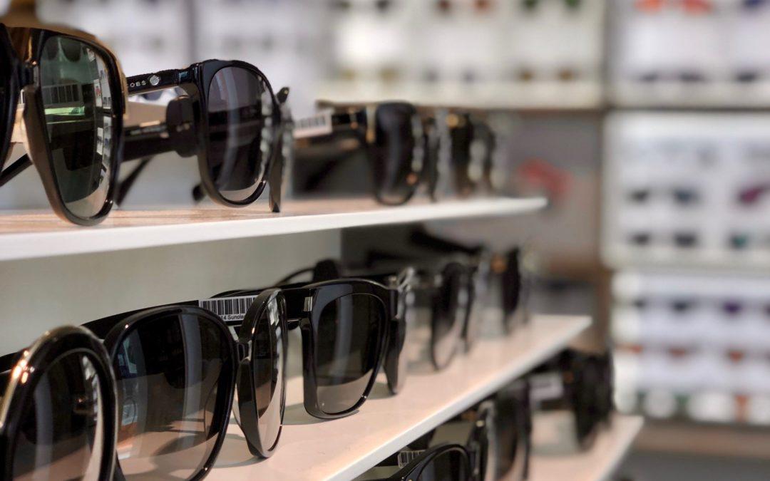 Guide: Her er sommerens populære solbriller